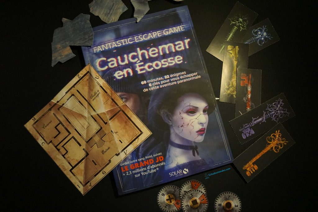 Livre Cauchemar en Ecosse et les pièces du jeu