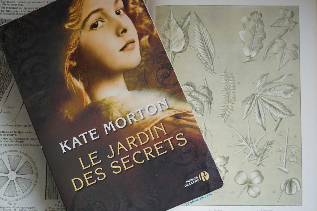 Photographie du livre Le Jardin des Secrets par Kate Morton